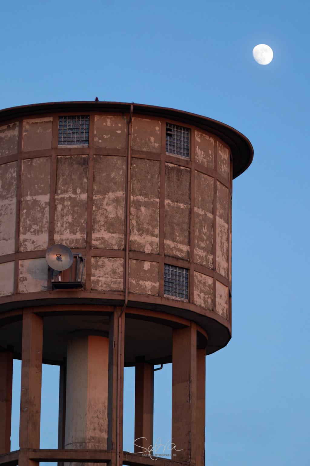Babenhausen, ehemalige Kaserne, neuer Wasserturm