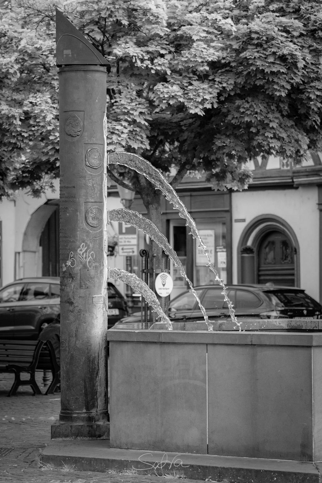 Seligenstadt, Brunnen der Dreifaltigkeit